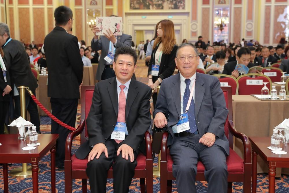 意大利中國總商會會長陳正溪先生與法國歐華經濟協進會理事長丁偉星先生